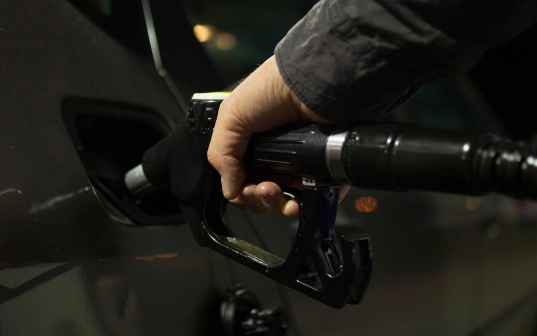 Los riesgos de la inhalación de gasolina
